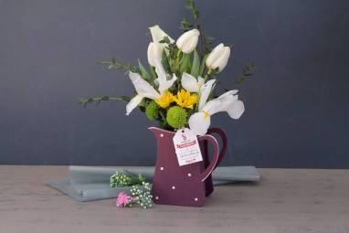 Подарочная цветочная композиция к 8 марта ручной работы