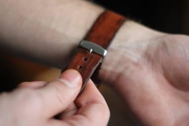 Кожаный ремешок для часов ручной работы