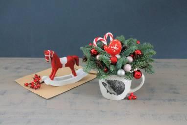 Рождественская композиция в чашке ручной работы