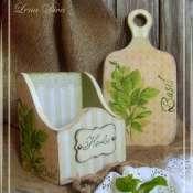 Набор: кухонная доска и короб для специй
