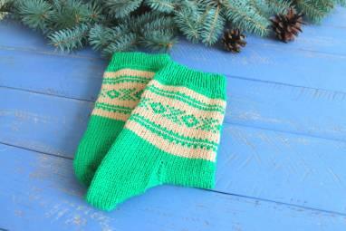 Носки для мужчин вязанные с жаккардовым узором ручной работы
