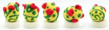 Яйцо сувенирное из шерсти  ручной работы