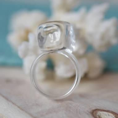 Кольцо из стекла. ручной работы