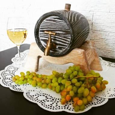 Бочонок для вина ручной работы
