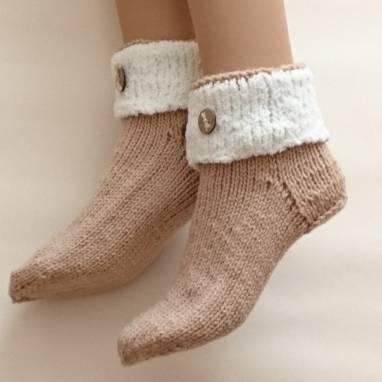 Носки-домашняя обувь  ручной работы