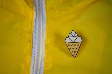 значок-брошка мороженое ручной работы