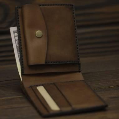 Коричневое карманное портмоне ручной работы