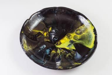 """Тарелка из стекла """"Вулканические потоки"""" фьюзинг ручной работы"""