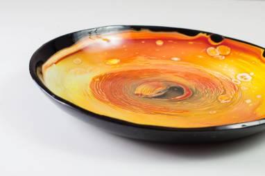"""Интерьерная тарелка из стекла """"Жерло вулкана"""" фьюзинг ручной работы"""