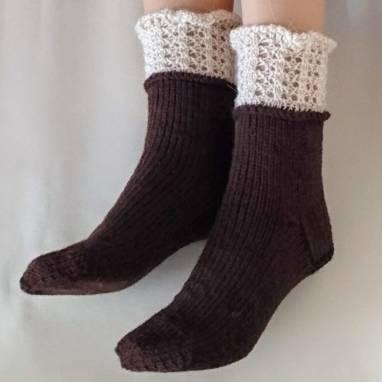 Носки -домашняя обувь  ручной работы
