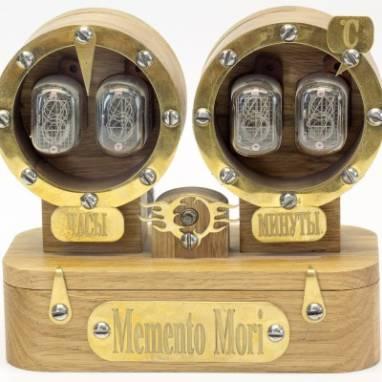 Ламповые часы в стиле стимпанк ручной работы