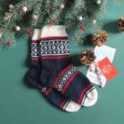 Носки мужские вязанные с новогодним узором