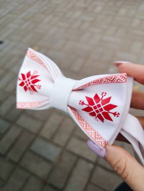 Бабочка с белорусским арнаментом  ручной работы