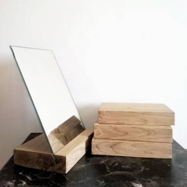 Настольное зеркало из дуба ручной работы