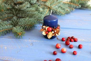 Декорированная свеча в коробке  ручной работы