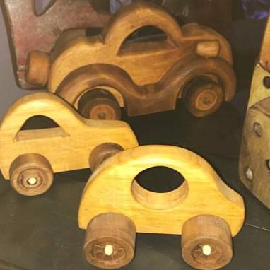Машинки из дерева ручной работы