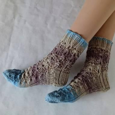 """Носки -домашняя обувь """"Ажур""""  ручной работы"""