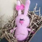 """Вязаная игрушка """"Розовый заяц Пушистик"""""""