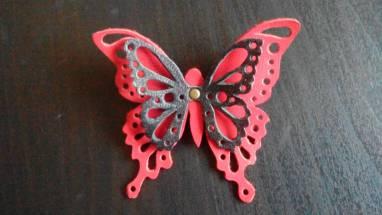Брошь бабочка из натуральной кожи ручной работы