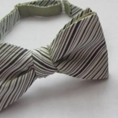 Двусторонний галстук-бабочка в полоску  ручной работы