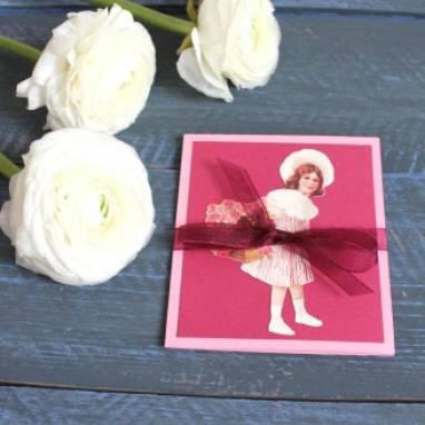 Маленькая открытка к 8 марта ручной работы