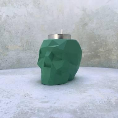 Зеленый полигональный подсвечник череп ручной работы