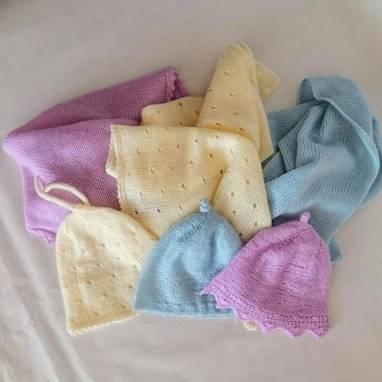 """Комплект шапочка и плед-одеялко для малыша """" Молочный"""" ручной работы"""