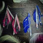 серьги-кисточки из натуральной кожи и перьев