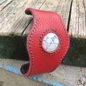 Кожаный браслет с натуральным камнем