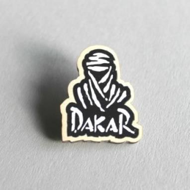 Значок Дакар из дерева ручной работы