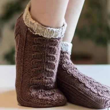 Носочки-ботиночки ручной работы