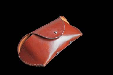 Футляр кожаный ручной работы