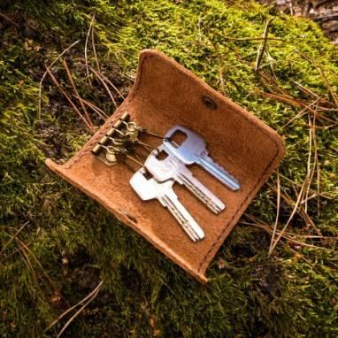 Ключница на 4 карабина ручной работы