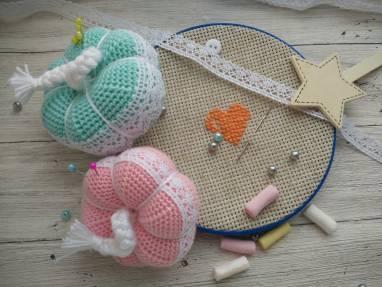 Набор игольниц для маленькой рукодельницы  ручной работы