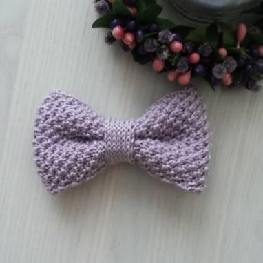 Вязаный галстук-бабочка ручной работы