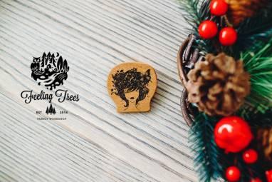 Деревянные значки на заказ ручной работы