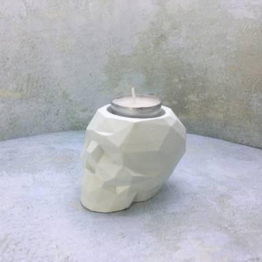 Череп полигональный подсвечник белый ручной работы