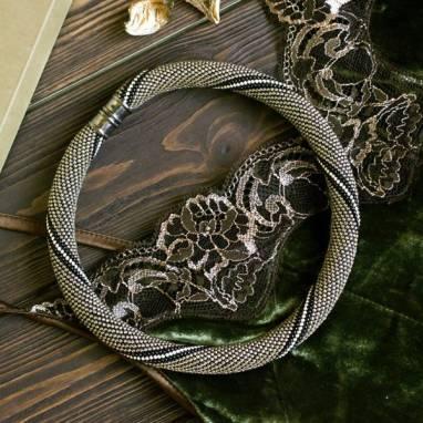 Колье жгут из бисера ручной работы