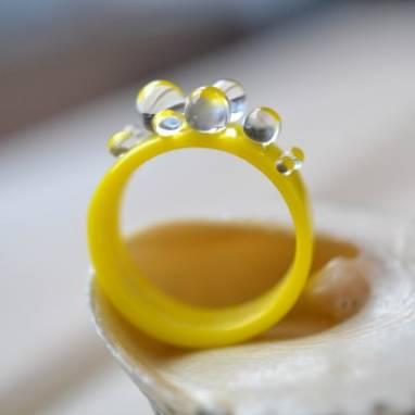Кольцо из стекла . Желтое. ручной работы