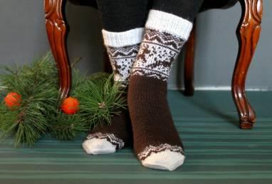 Носки мужские с оленями новогодние  ручной работы