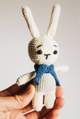 Набор вязанных игрушек (зайка и оленёнок) ручной работы