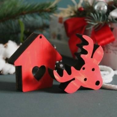 Новогодняя деревянная игрушка на елку ручной работы