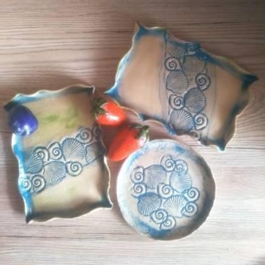 Комплект из 3-ех тарелок ручной работы