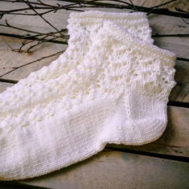 Носки вязанные ажурные укороченные ручной работы