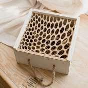 Деревянная коробка с ажурной крышкой