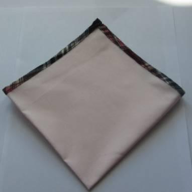 Нагрудный платок ручной работы
