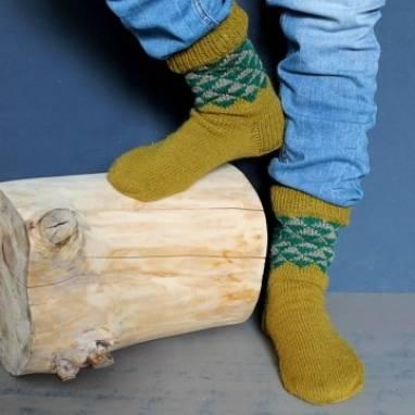 Носки вязанные мужские  с узором ручной работы