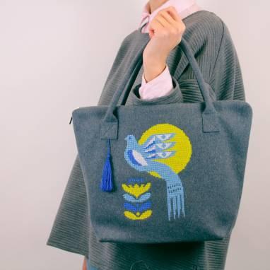 """Шэрсцяная сумка """"Блакітная птушка"""" ручной работы"""