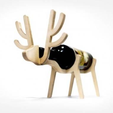 подставка под винную(водочную) бутылку в виде оленя ручной работы