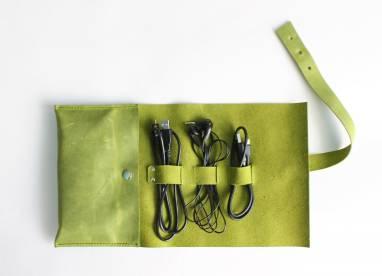 Органайзер кожаный для кабелей (yellow-green) ручной работы